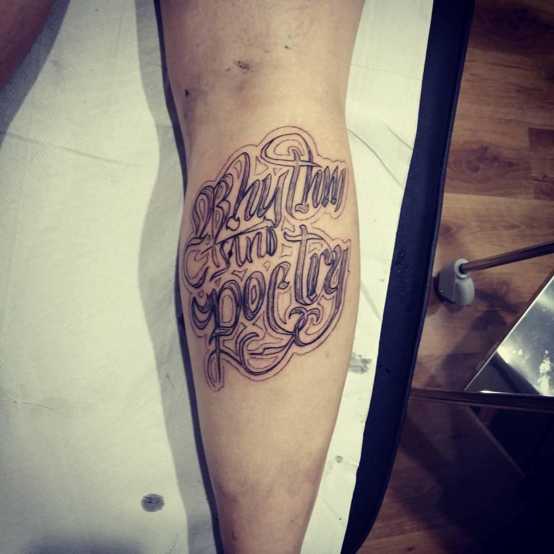 tatuajes palencia tattoo tatuaje lettering gemelo