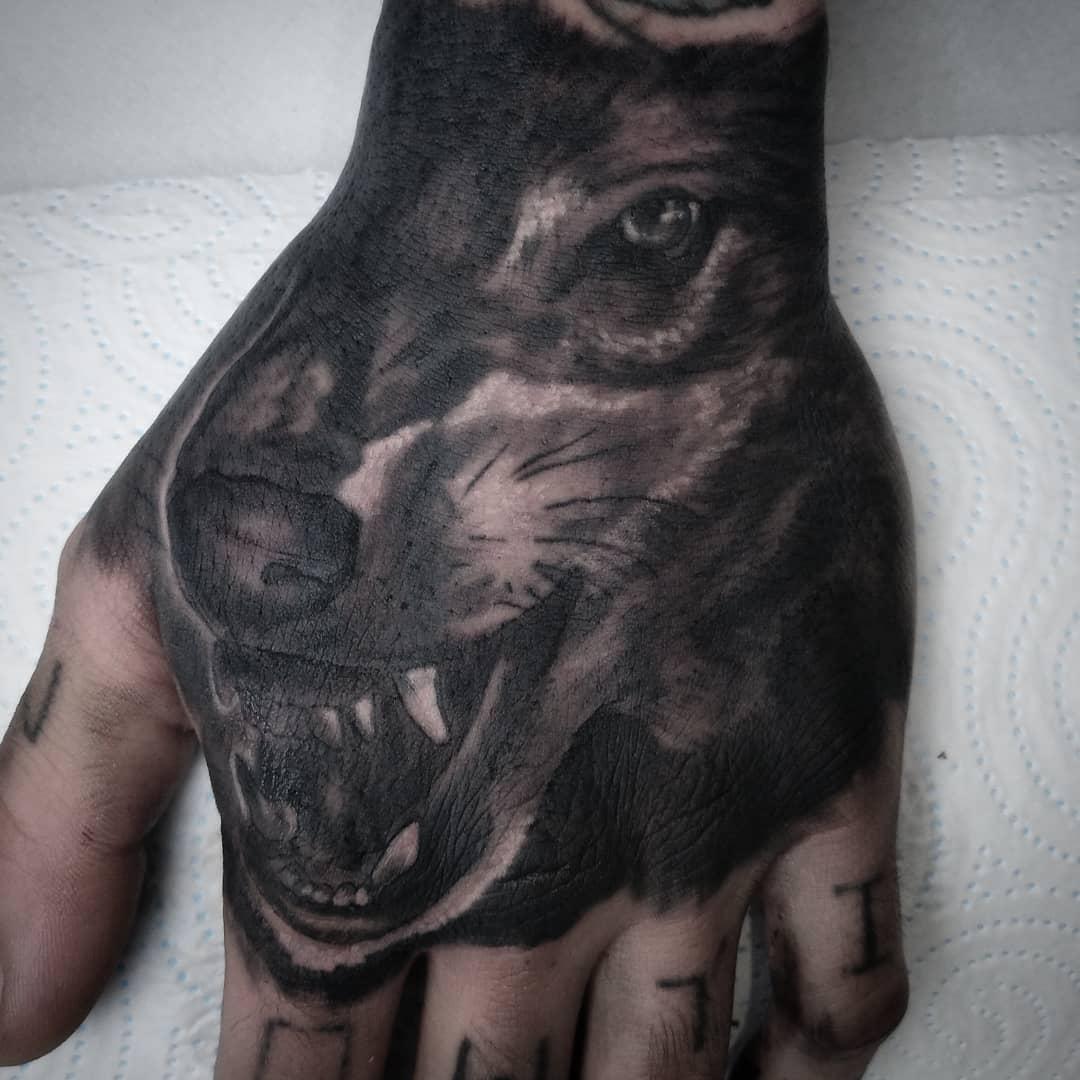 lobo tatuaje tatuajes palencia