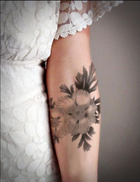 tatuaje temporal flores